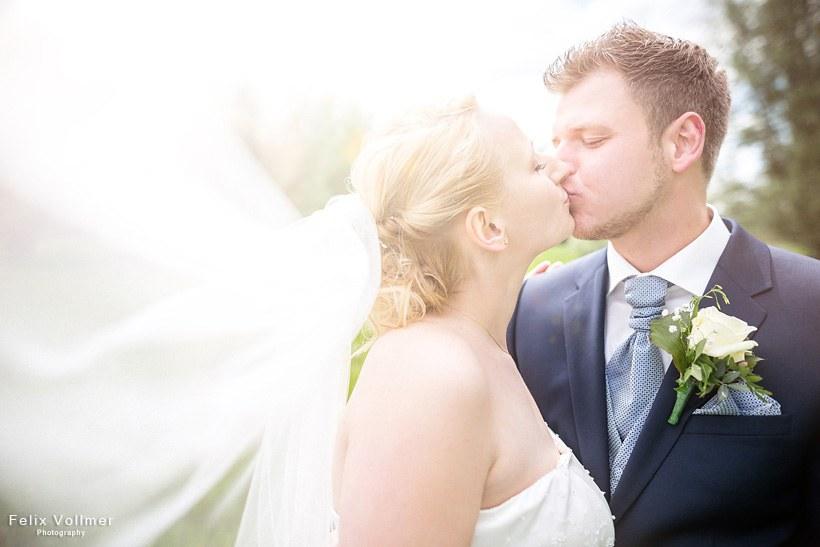 0163_Sandra_und_Stefan_Hochzeit_2015-05_09_1960_be_820px