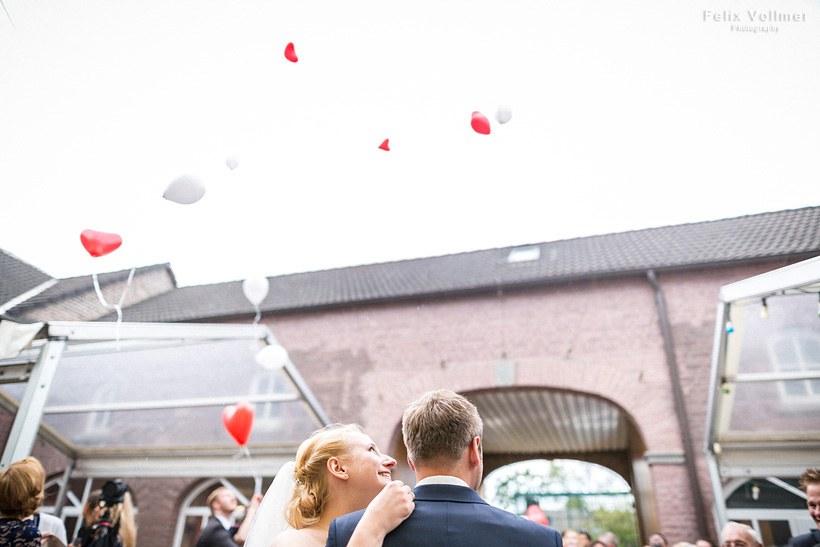 0199_Sandra_und_Stefan_Hochzeit_2015-05_09_2573_820px